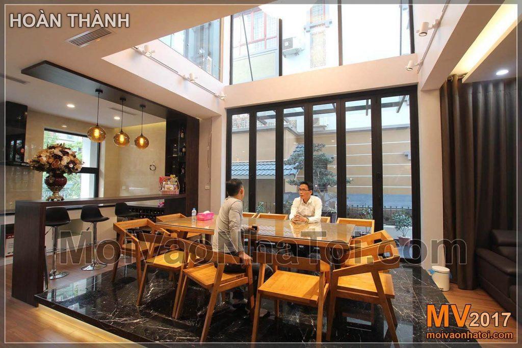 Thiết kế phòng bếp nhà phố phong thủy cần tránh đặt hướng bếp mang hành Thủy