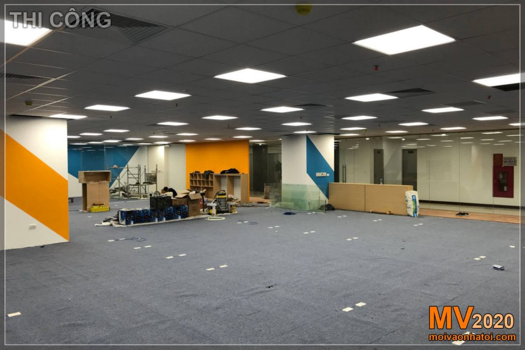 Executing office furniture