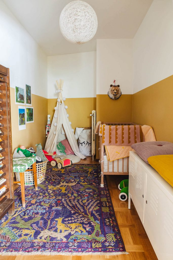 phòng ngủ cho bé thiết kề với nhiều màu sắc bắc mắt