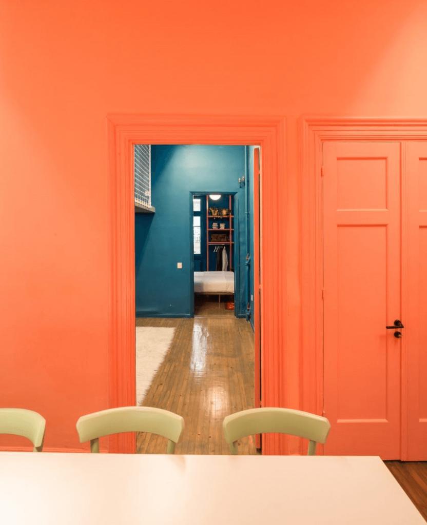 cách phối màu sơn nhà tại hai không gian khác nhau