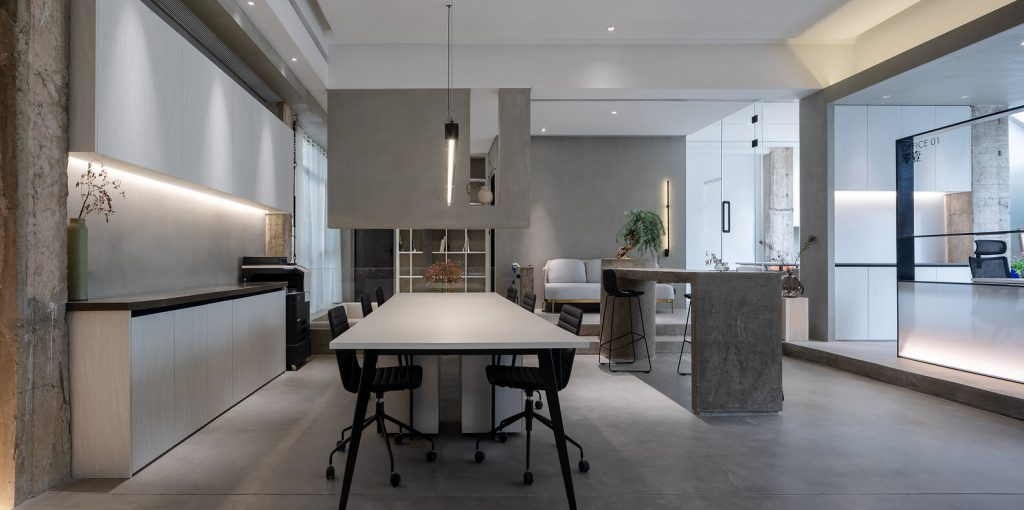 ofis mobilyaları, led ışıklar, endüstriyel ahşap dolaplar