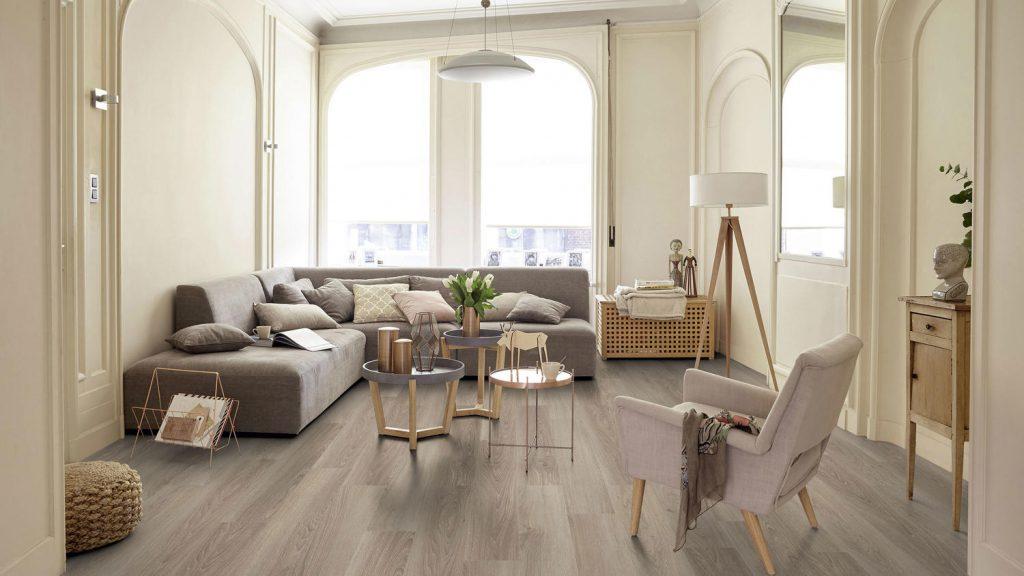 Nội thất phòng khách với sàn gỗ công nghiệp