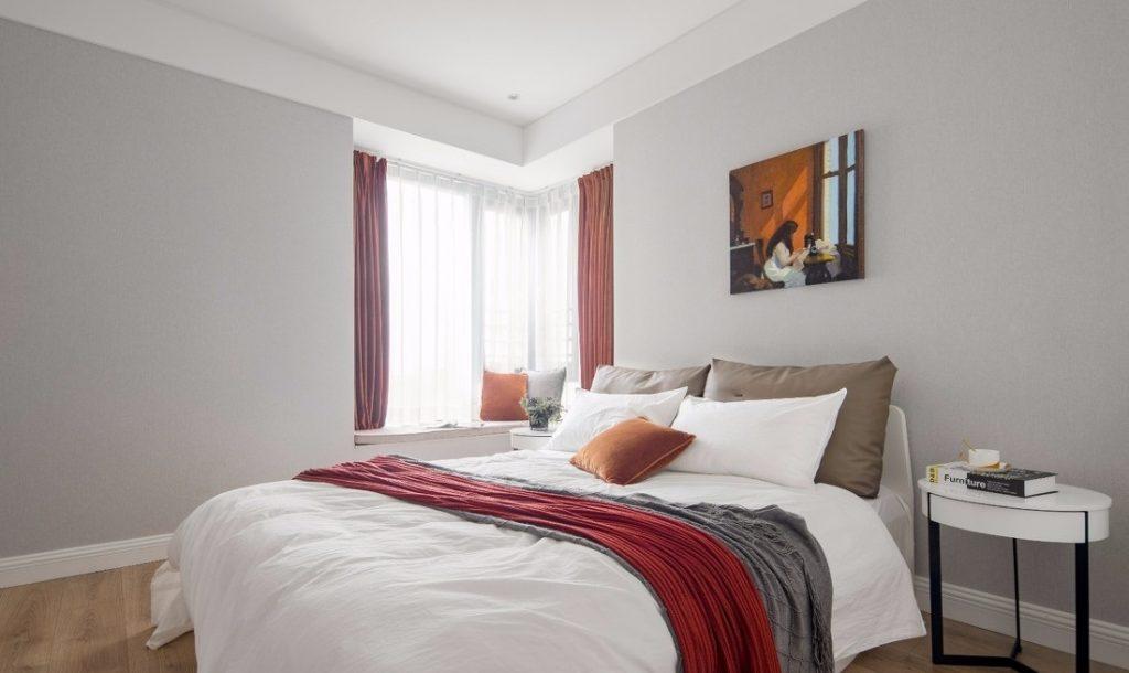 Phòng ngủ thứ 2 có giường lớn đẹp