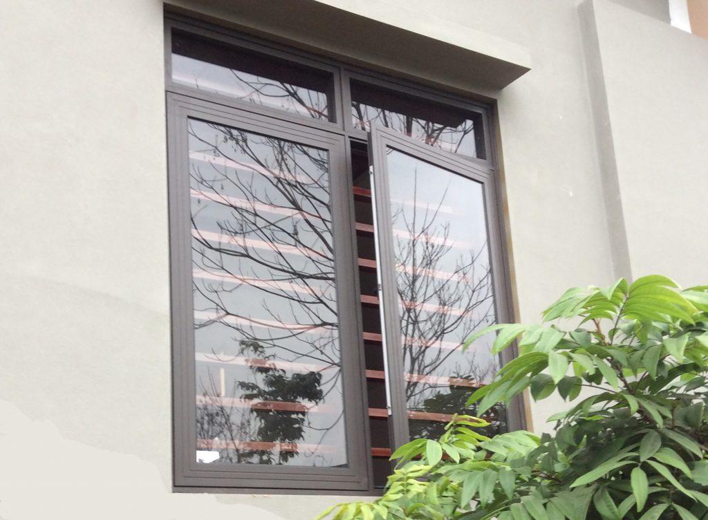 cửa sổ 2 cánh