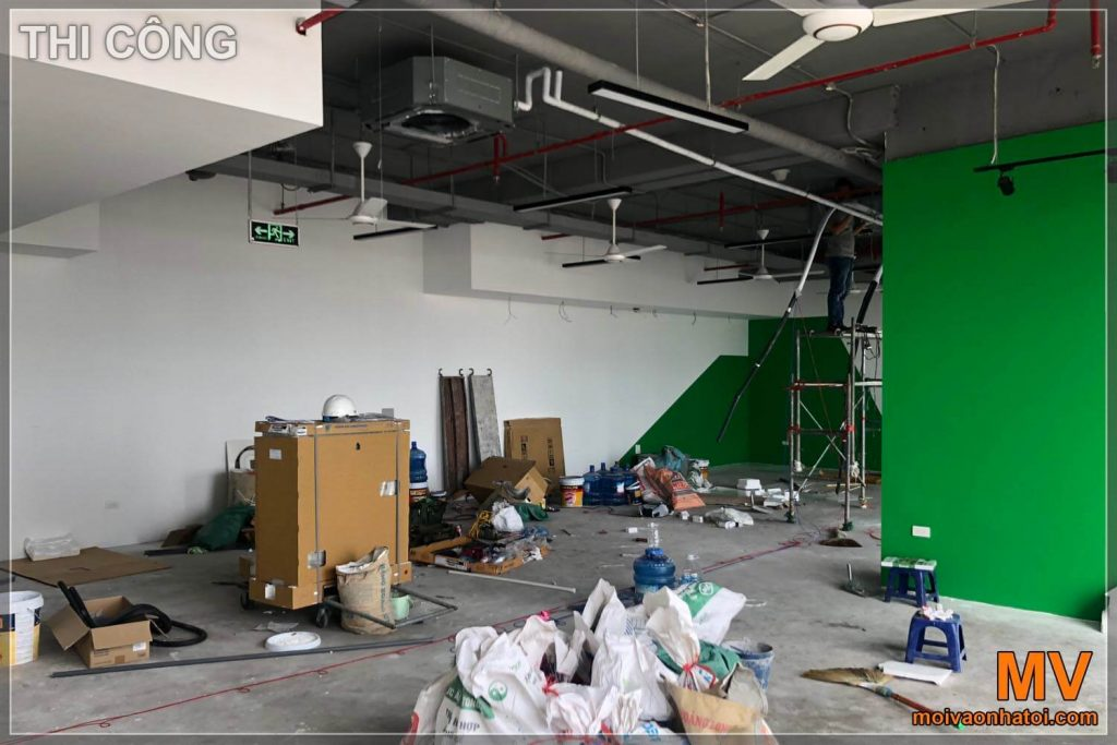 Construction process of 150m2 office furniture