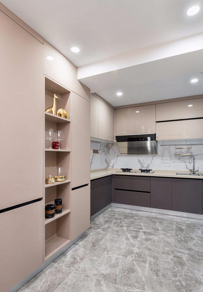 Cận cảnh tủ bếp và các thiết bị nấu nướng - thiết kế nội thất chung cư 150m2