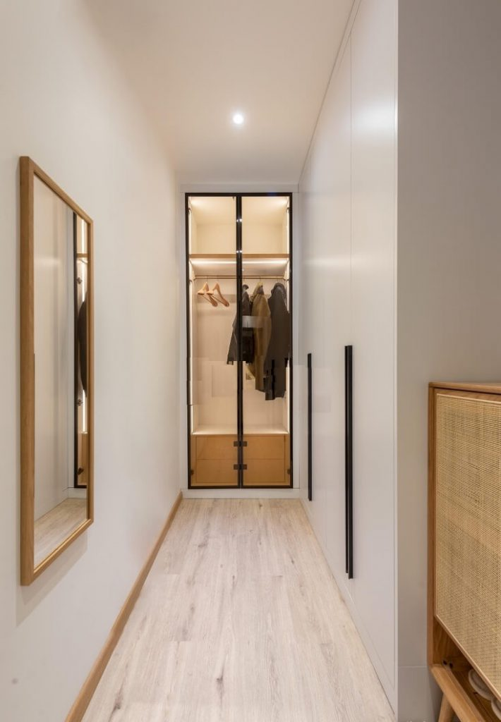 IMPROVE OLD APARTMENTS WITH JAPANESE DESIGN STYLE