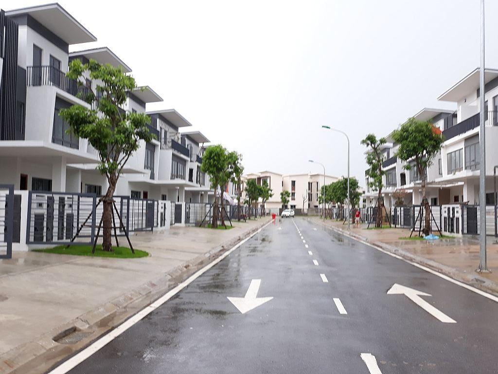 jalan rumah yang berdampingan