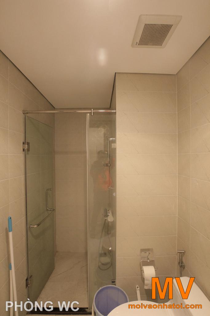 khu vực tắm đứng