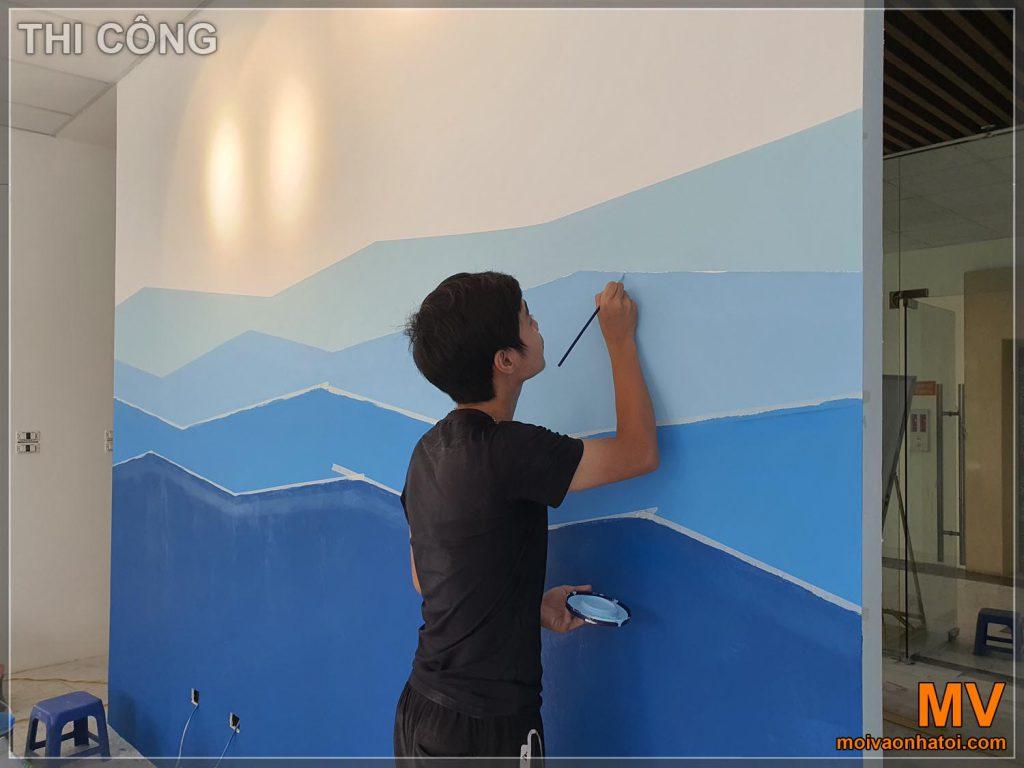 Dipingere la decorazione murale dipinta