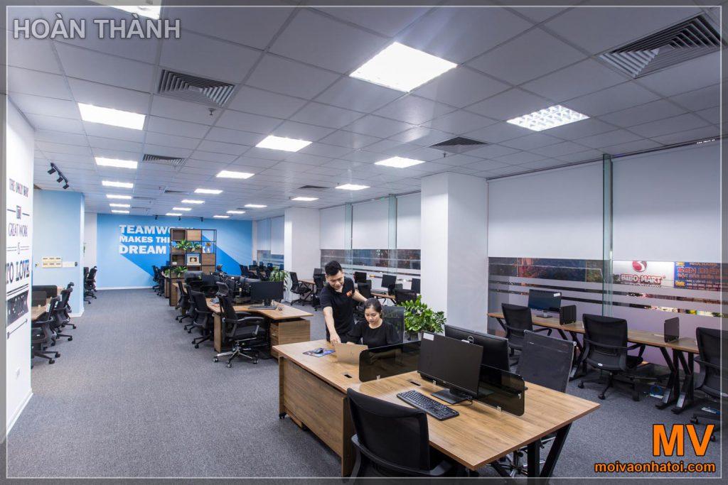 Гарні офісні меблі