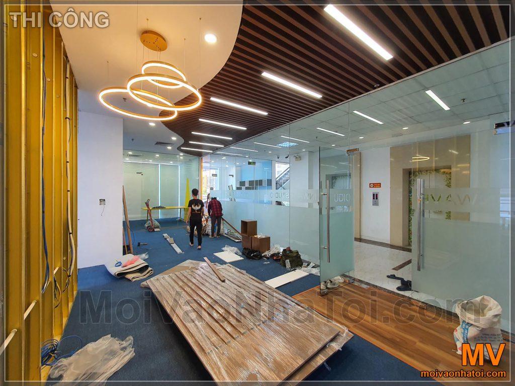 costruzione di arredi per hall di uffici aziendali