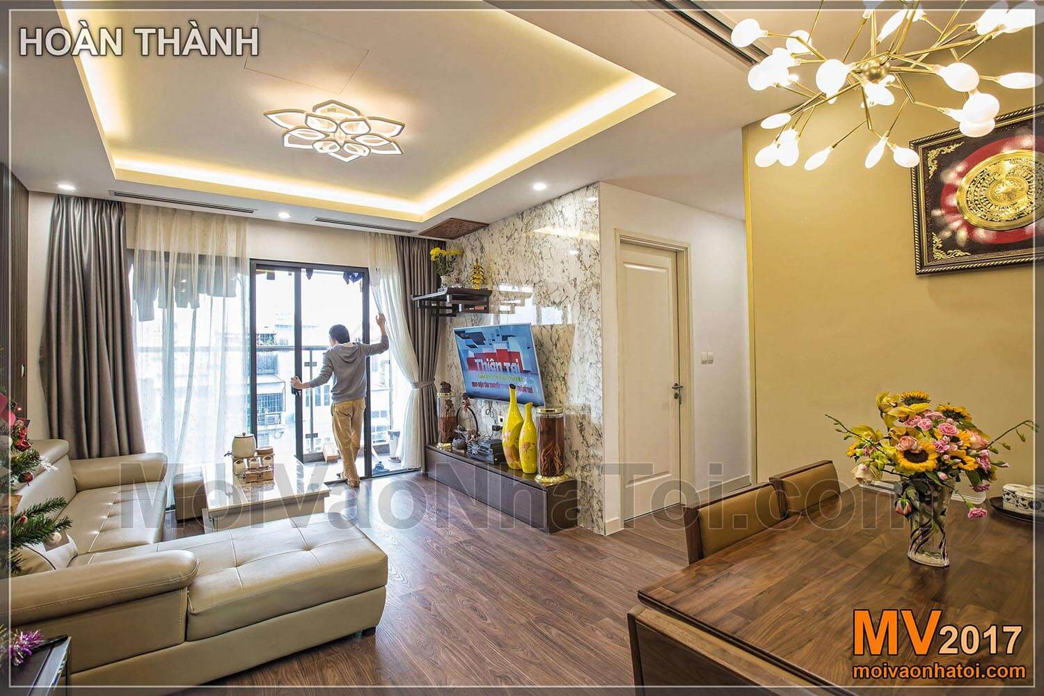 Living room with big window in IMPERIA GARDEN apartment
