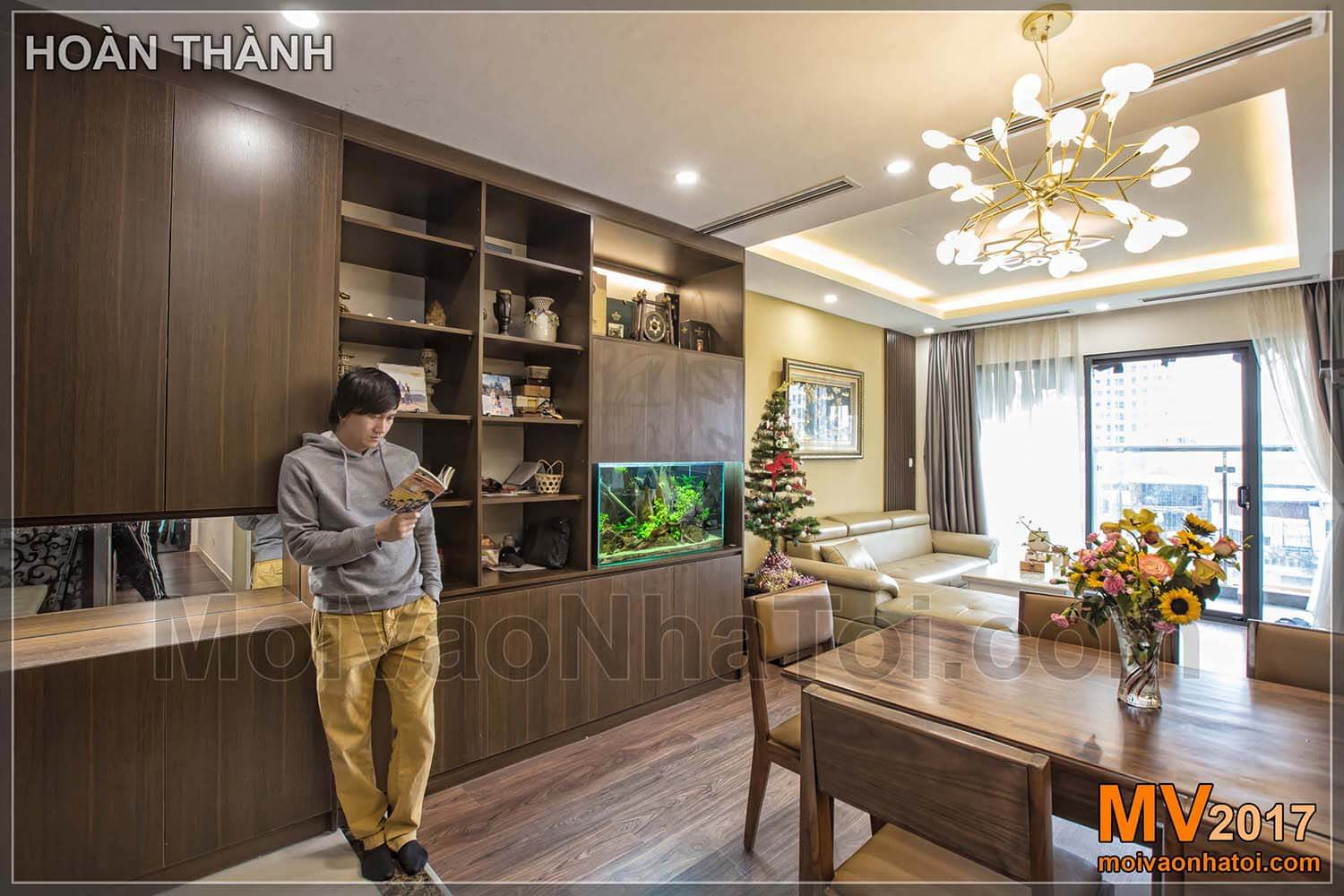 Display cabinets are both decorative and can accommodate many IMPERIA GARDEN apartments