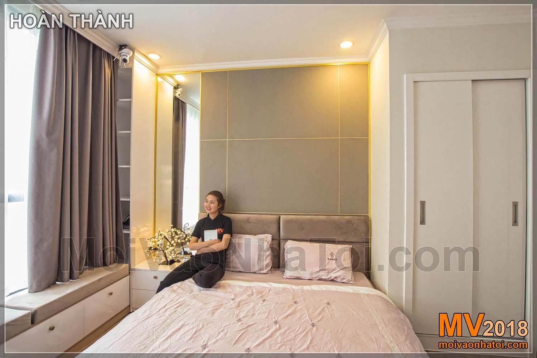 Headboard kamar tidur dekoratif