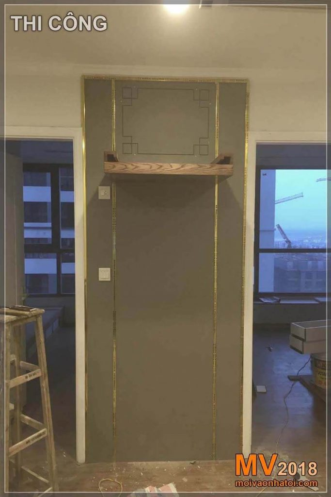 Duvar panelleri inşaatı Times City Park Hill dairesinin sunağına çarptı