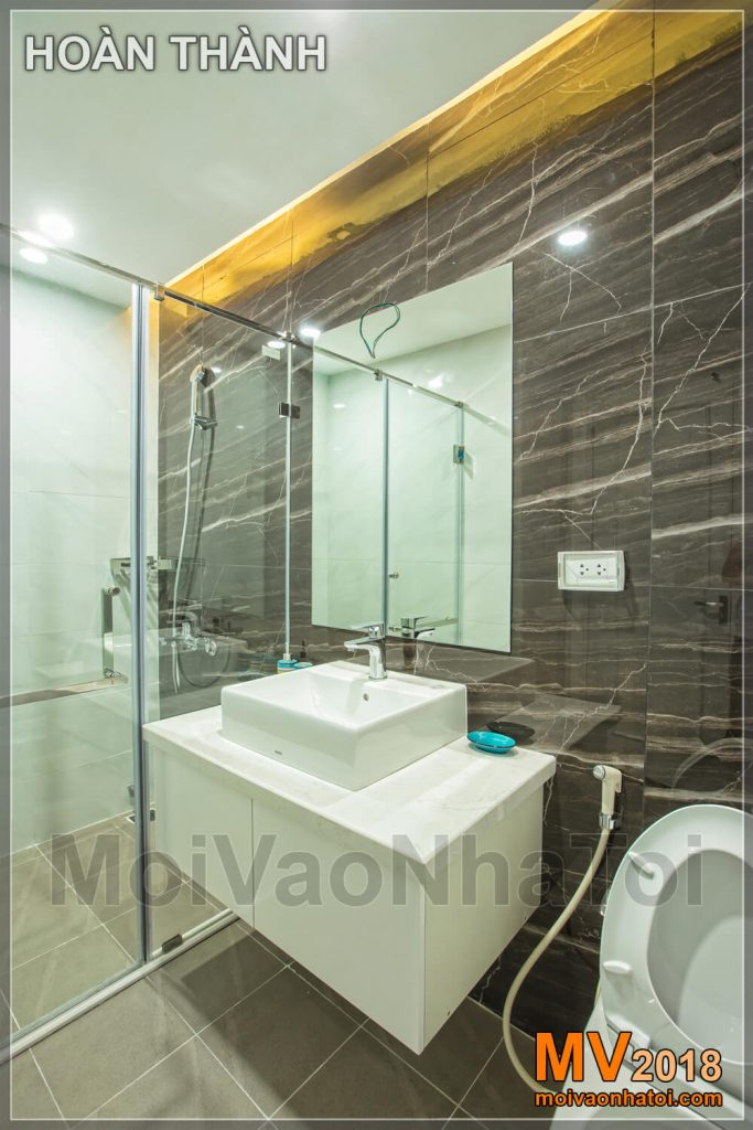 phòng tắm vách kính trong suốt CHUNG CƯ RIVERSIDE GARDEN