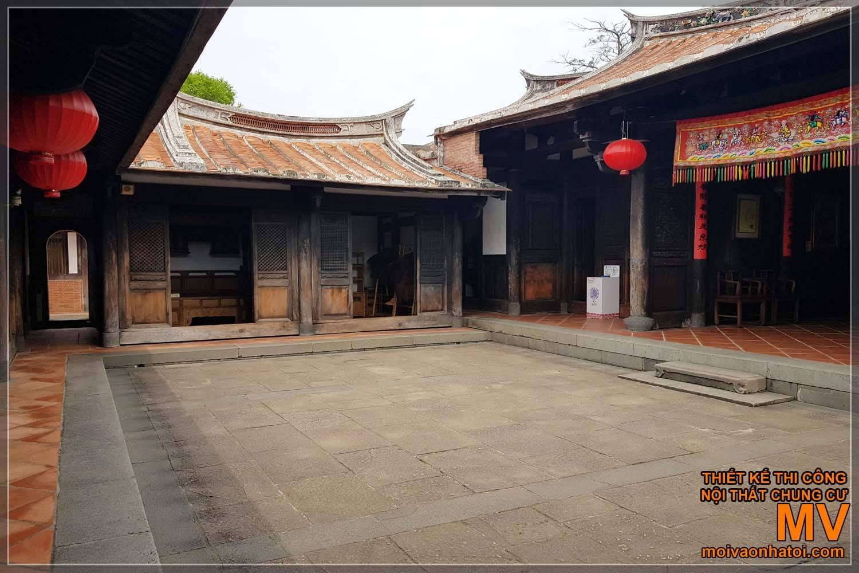 Sân chung nhà cổ Trung Quốc