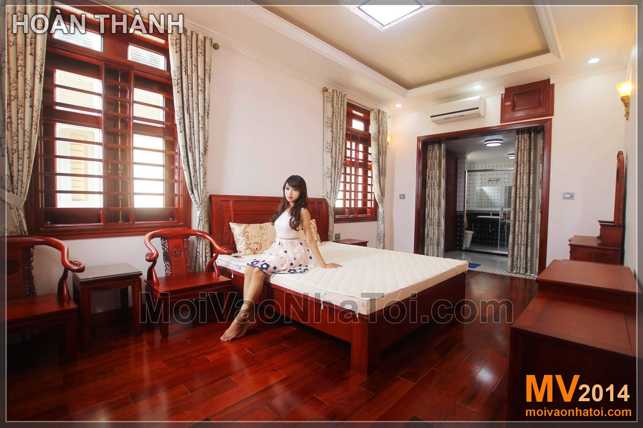 Bedroom furniture has completed the classic villa design