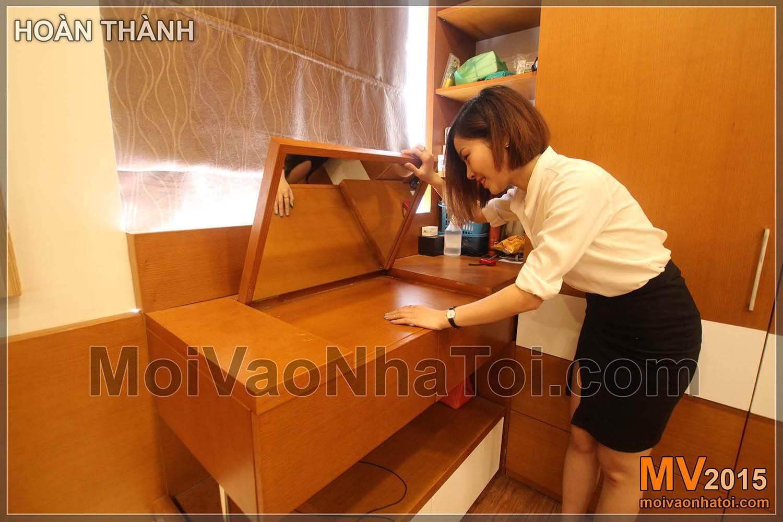 阮德灿公寓楼的梳妆台和镜子