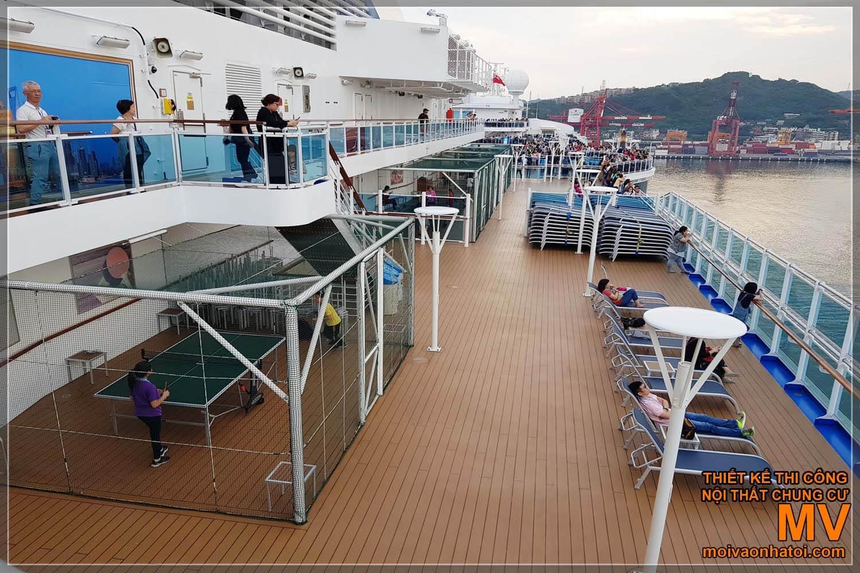 Tàu du lịch 5 sao