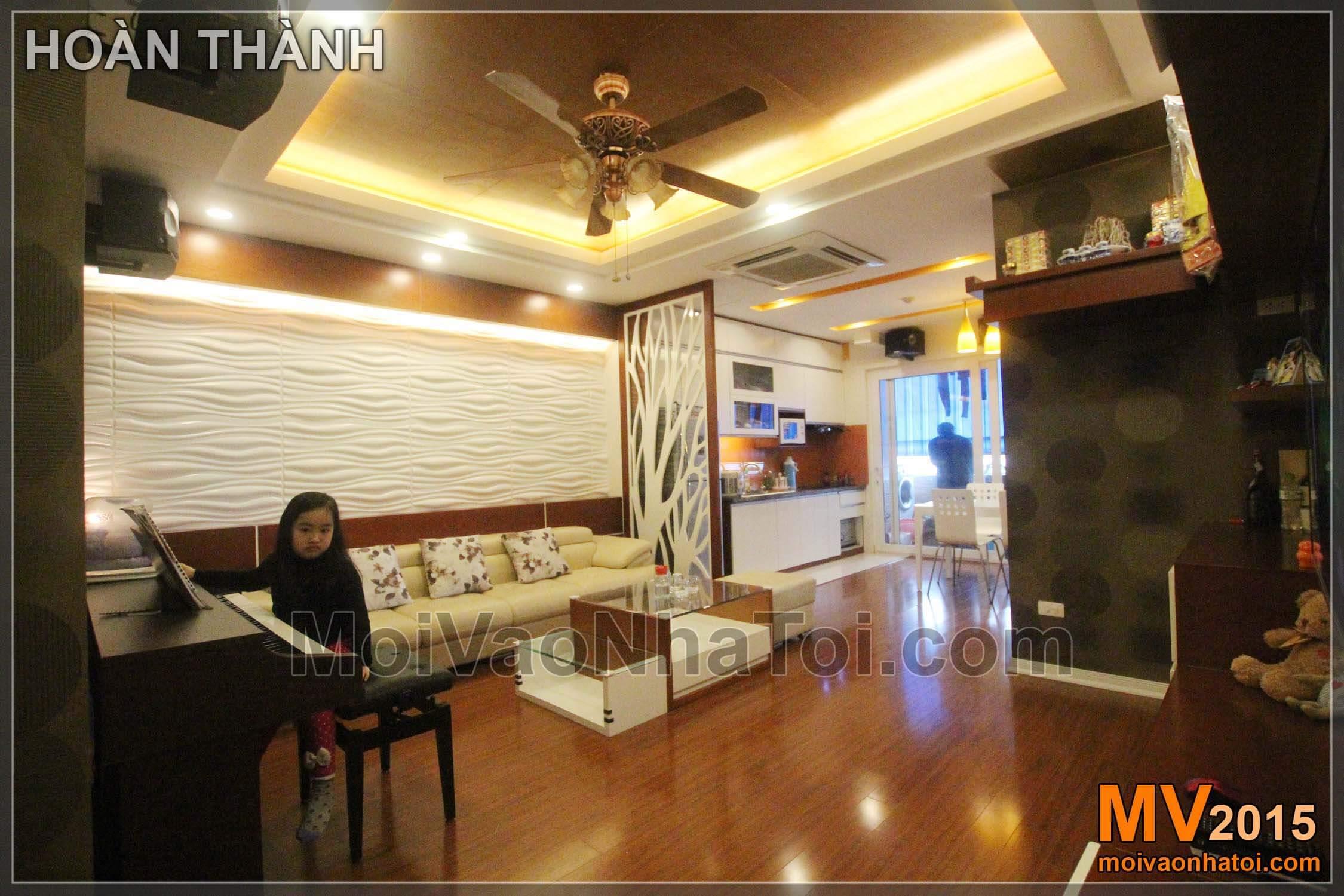 Phòng khách trở nên rộng rãi, sáng sủa sau khi hoàn thiện