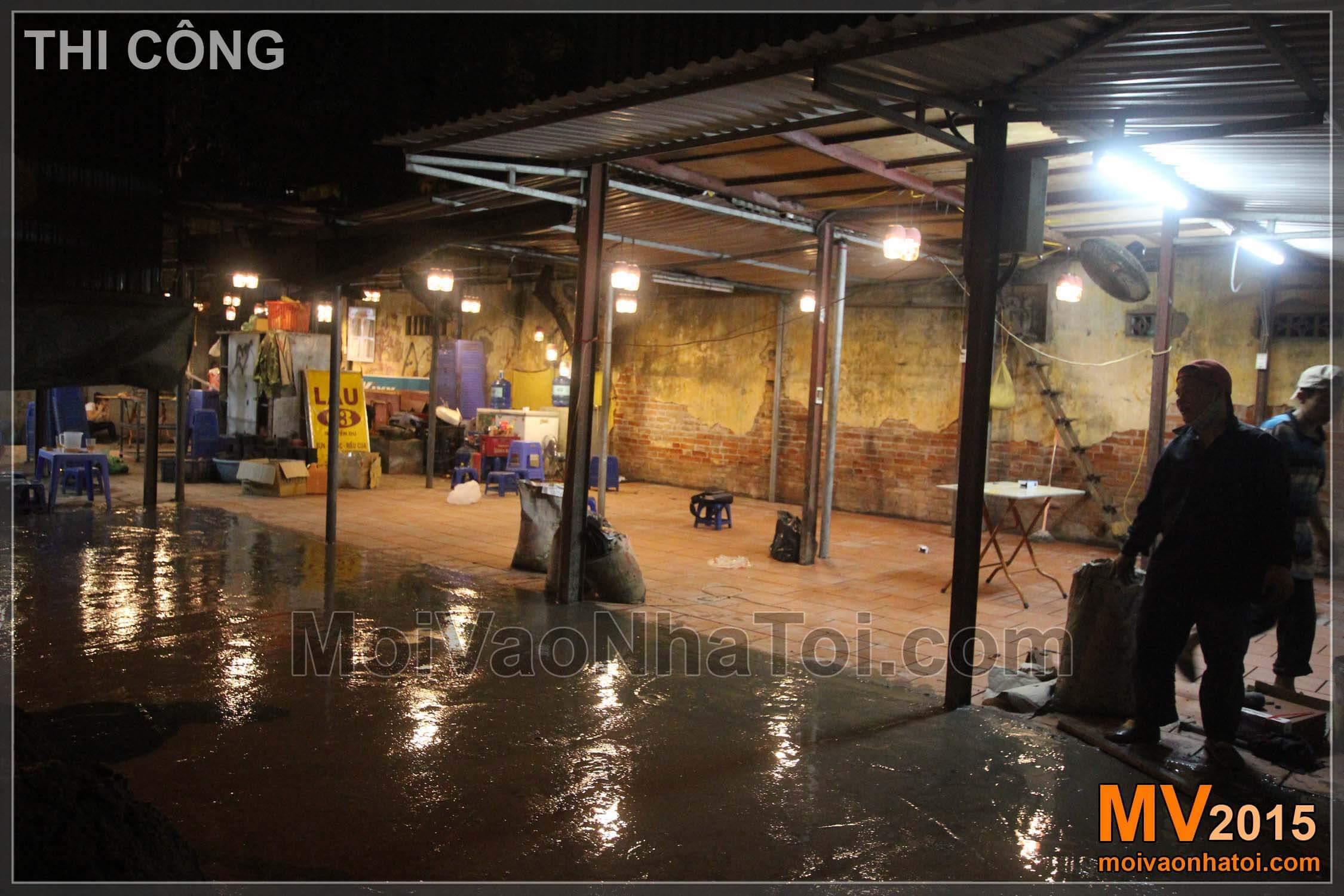 Thi công sàn bê tông bên ngoài quán