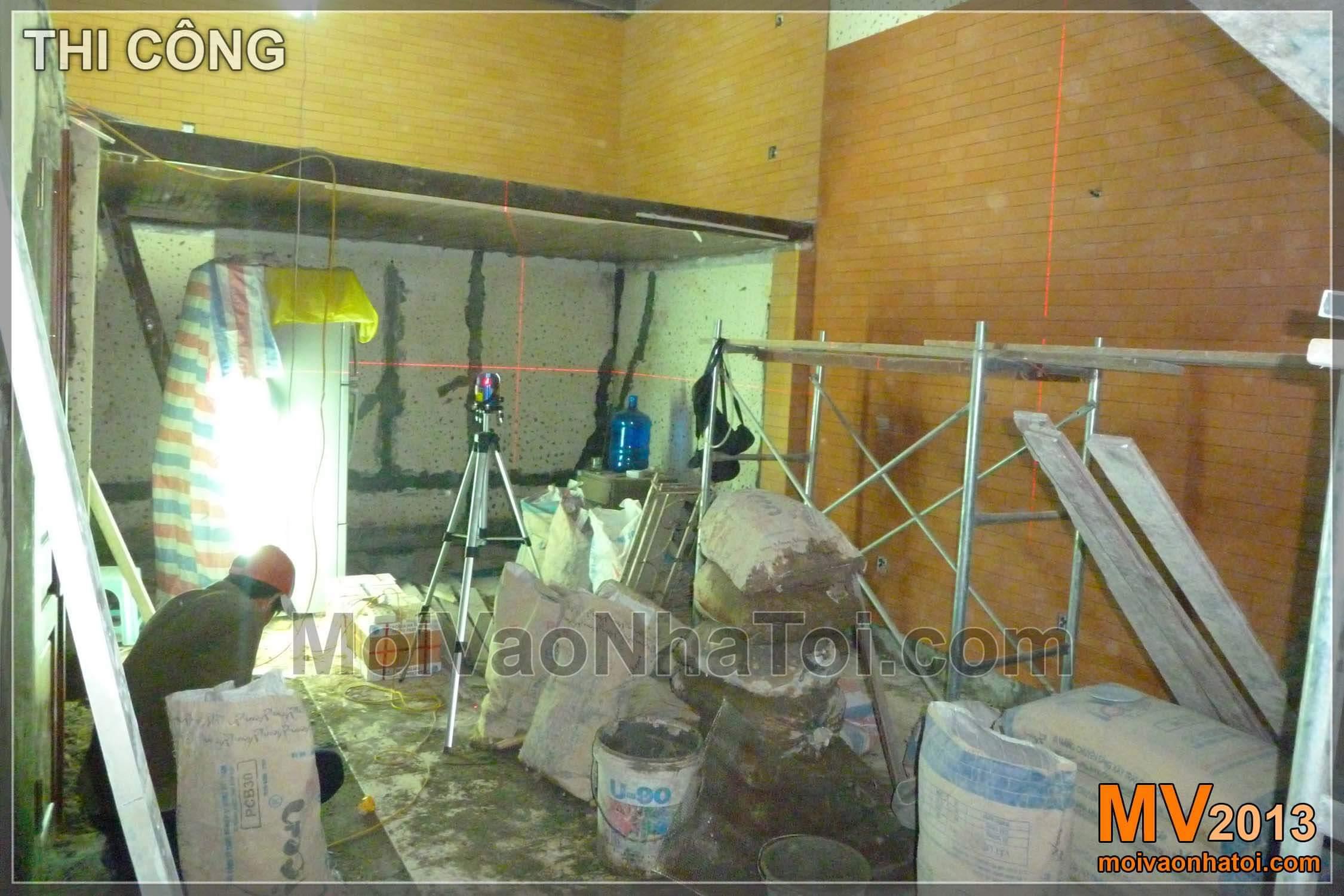 Quá trình thi công ốp tường phòng khách