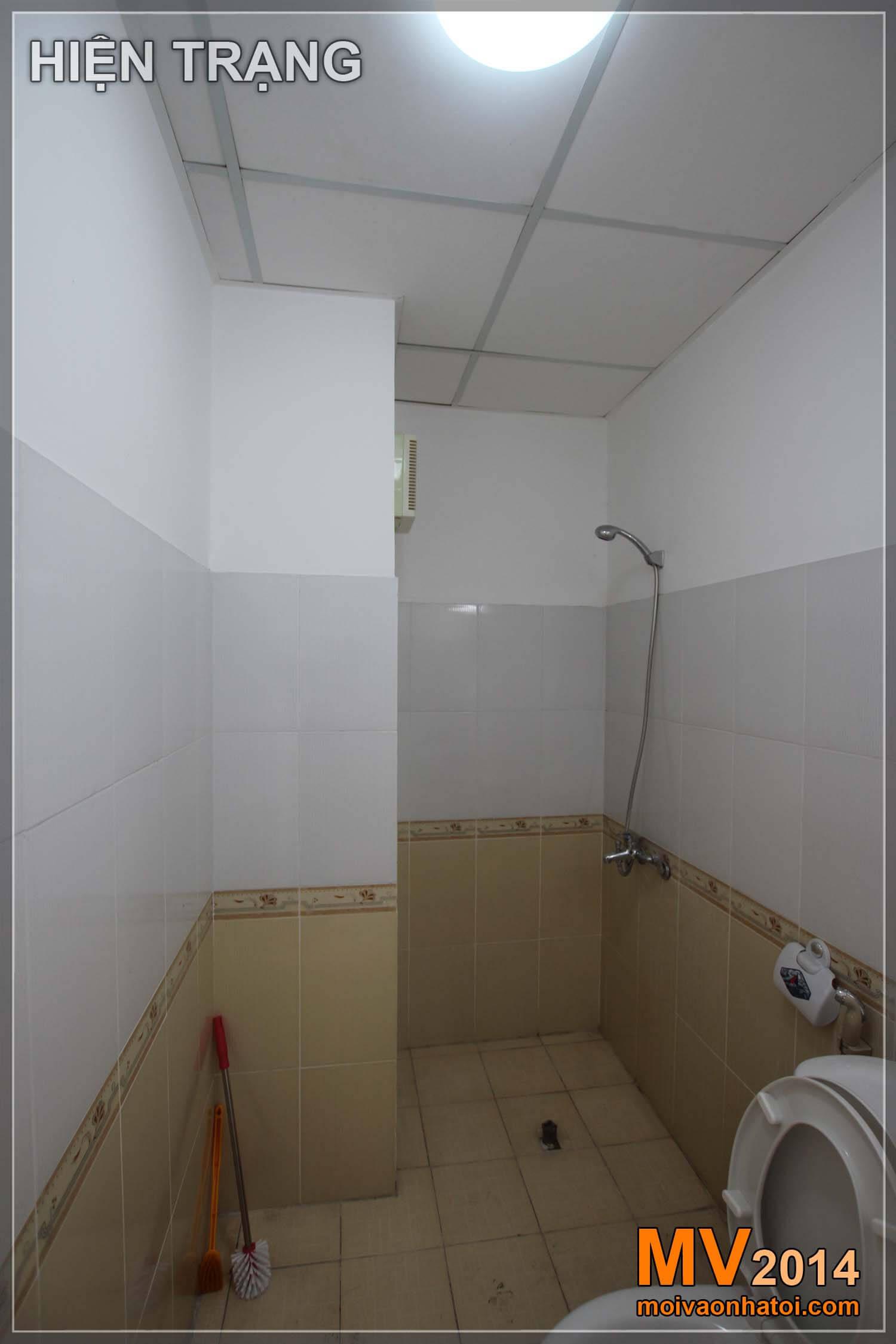 Hiện trạng phòng WC master chung cư Việt Hưng