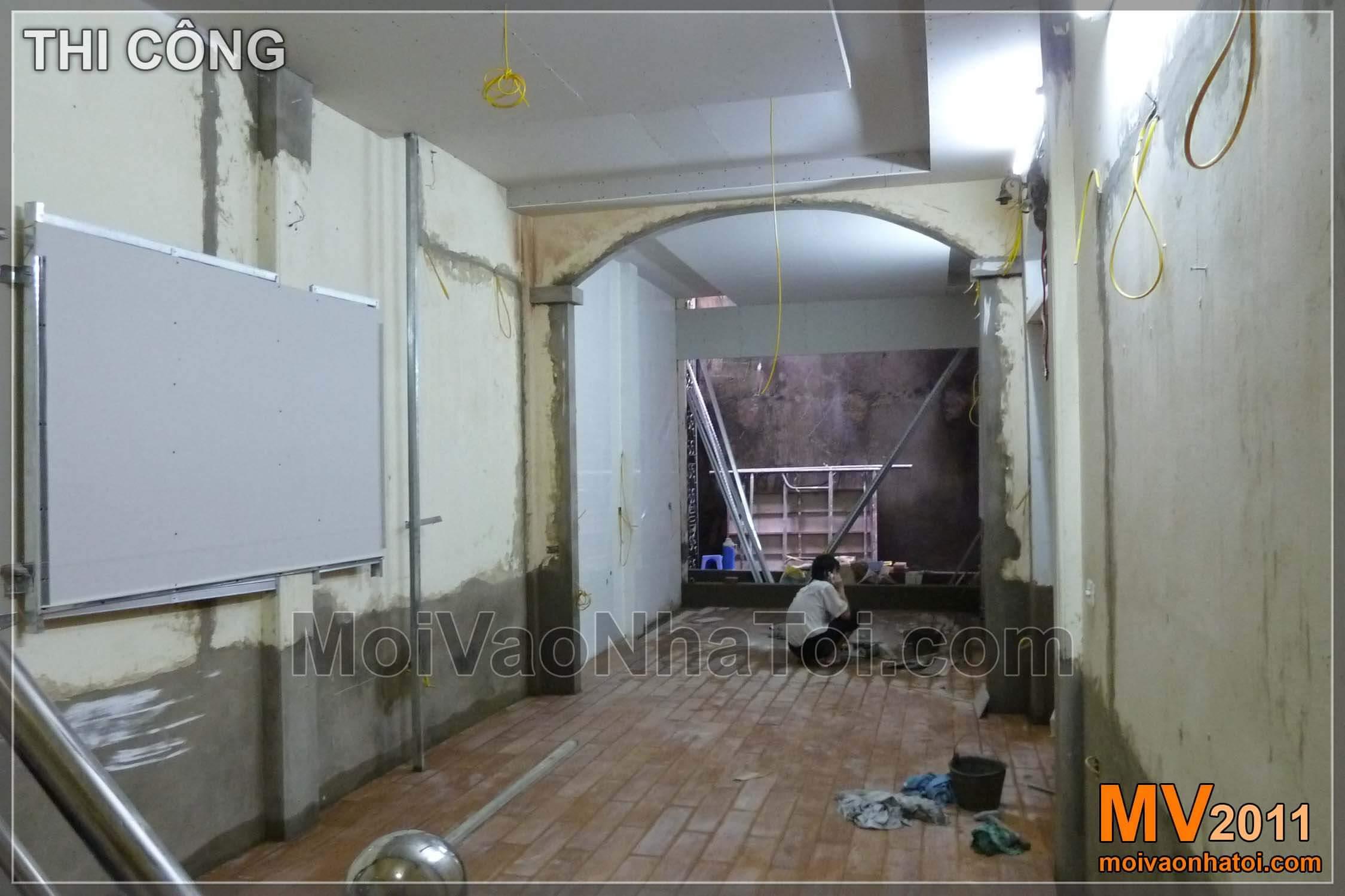 Phá tường ngăn phòng bếp và phòng khách