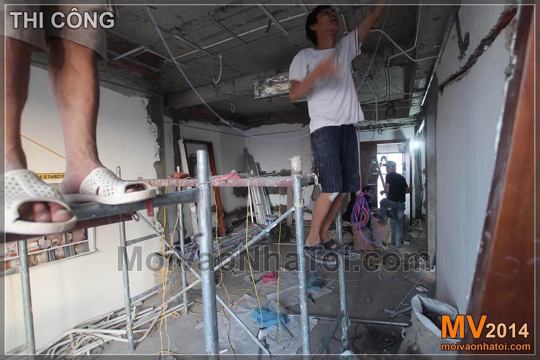 Phòng khách thi công trần thạch cao thô và sơn bả trần thạch cao
