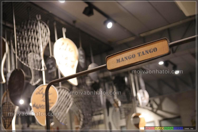 Logo và slogan trên giấy ăn của Mango Tango