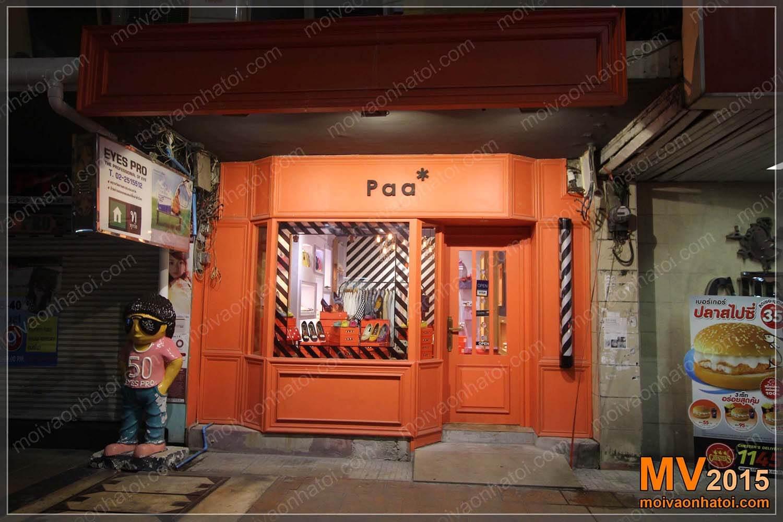 Ngập tràn sắc màu cửa hàng giày Paa