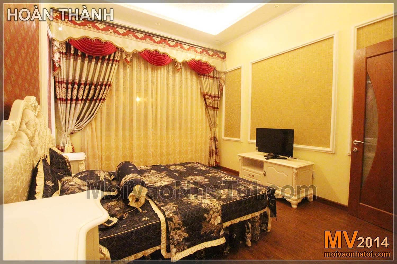 Phòng ngủ cổ điển với các chi tiết trang trí tinh tế