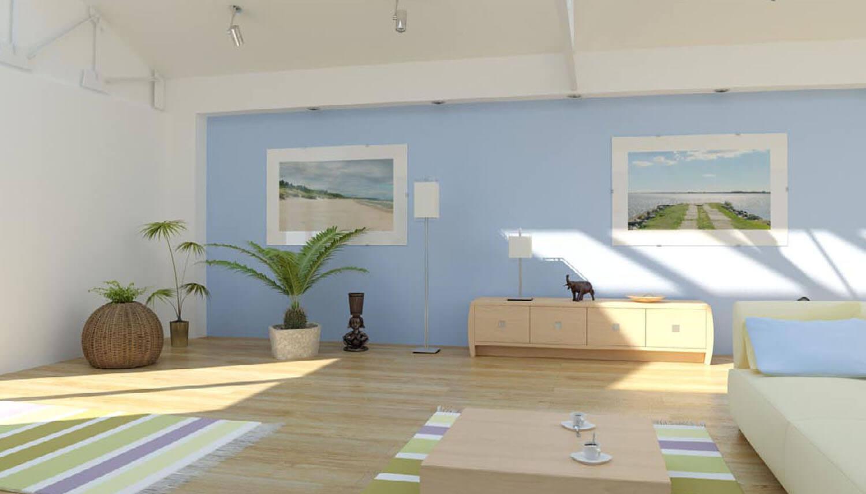 Sử dụng sàn gỗ và sơn tường phòng khách màu xanh lơ rất tươi mát